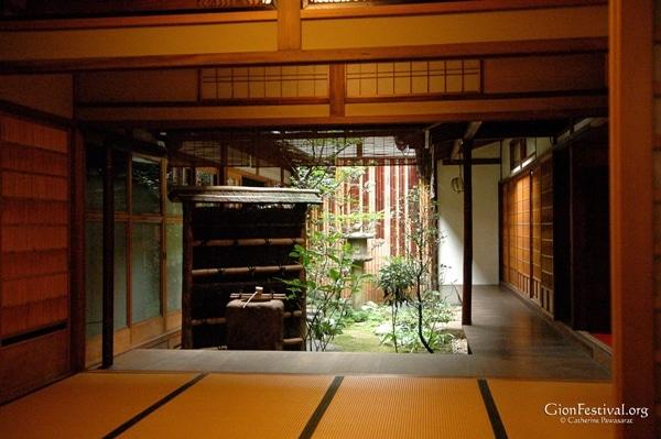 gion festival interior garden machiya townhouse traditional architecture kyoto japan