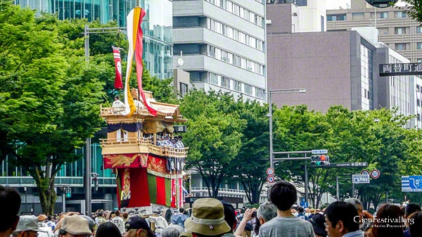 ofune boko float parade yama hoko procession ato matsuri gion festival july 24 kyoto japan